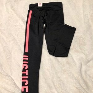 🆕Justice Active Graphic Leggings Size 8